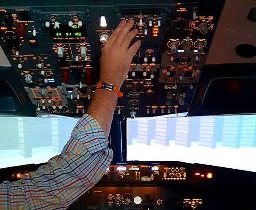 Ultra Realistic Boeing 737 Flight Simulator Due To Open In