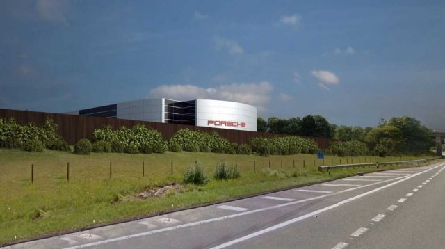 Caddick steps up a gear to secure new Porsche Centre contract